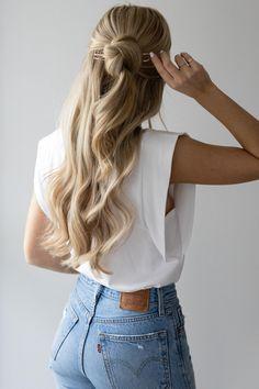53 Box Braids Hairstyles That Rock - Hairstyles Trends Sophisticated Hairstyles, Elegant Hairstyles, Work Hairstyles, Half Up Half Down Hairstyles, Wedding Hairstyles, Aesthetic Hair, Facon, Bridesmaid Hair, Gorgeous Hair