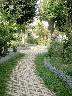 The Pedagogic Urban Garden Edouard Glissant by Exit Paysagistes « Landscape Architecture Works | Landezine