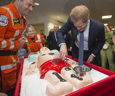 Prince Harry Photos Photos - Prince Harry plays the London Air Ambulance Operation Game during an ICAP Charity Trading Day in support of Sentebale on December 7, 2016 in London, United Kingdom. - Prince Harry ICAP Charity Trading Day In Aid Of Sentebale