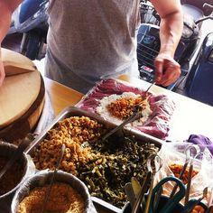 Street Food / @jchongstudio