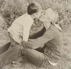 25 rules for Mothers of sons - I'm finding my growing love for my baby boy is beyond words.this is the kind of mom I want to be for my son. Baby Boy, Baby Kids, Behind Blue Eyes, John David, Raising Boys, Little Man, Future Baby, Parenting Hacks, Cool Kids