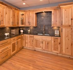 Best What Countertops Go With Hickory Cabinets Google Search 640 x 480