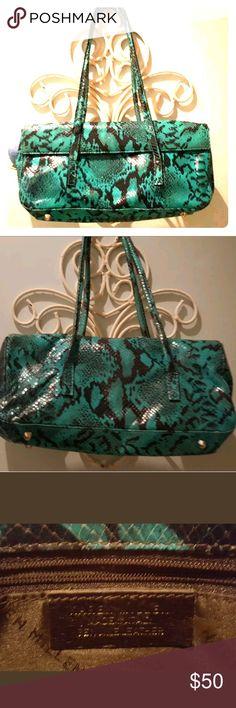 Karen Millen turquoise aqua snake print bag Bright and colorful Karen Millen leather snake print shoulder bag. Karen Millen Bags Shoulder Bags