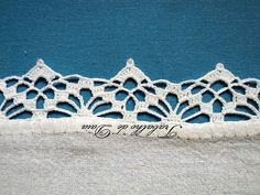 Crochet lace edging, spider (l Crochet Edging Patterns, Crochet Lace Edging, Crochet Motifs, Unique Crochet, Crochet Borders, Filet Crochet, Crochet Trim, Love Crochet, Beautiful Crochet