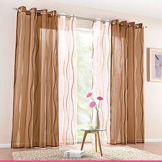 Läpikuultavat verhot päästävät valoa sisään, mutta tekevät huoneesta kotoisamman. Curtains, Home Decor, Blinds, Decoration Home, Room Decor, Interior Design, Draping, Home Interiors, Net Curtains