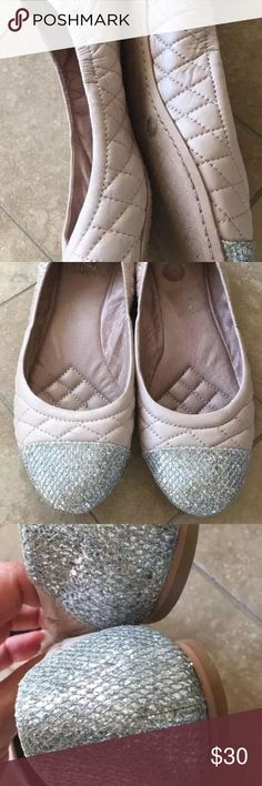 Vince camuto nude tan pink flats 8.5 Vince camuto sparkly flats in good condition other than the wear on the bottom Shoes Flats & Loafers