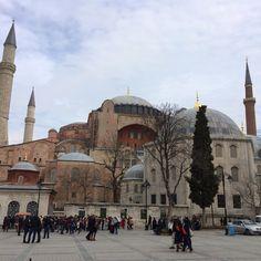 Polis Hagia Sophia, Taj Mahal, Greece, Building, Travel, Greece Country, Viajes, Buildings, Destinations