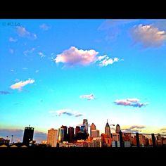 Philadelphia Skyline     (via carlosalpastor)