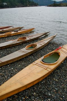 Islanders build traditional Greenland skin-on-frame kayaks - Islands' Sounder