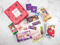 Check out all the Korean snacks and candies included in Snack Fever February 2018 Original Box! Here's the review + coupon code!   February 2018 Snack Fever Subscription Box Review + Coupon - Original Box →  https://hellosubscription.com/2018/03/february-2018-snack-fever-subscription-box-review-coupon-deluxe-box/ #SnackFever  #subscriptionbox