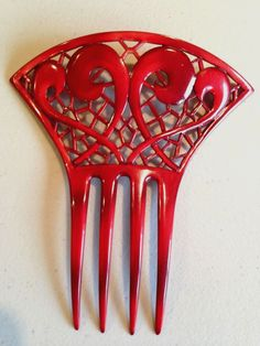 Vintage Mantilla Red Hair Comb in Lovely Curve and Lattice Pattern   eBay