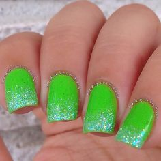 Lime green mani