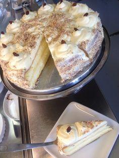 Tiramisu, Camembert Cheese, Cake, Ethnic Recipes, Foods, Kuchen, Food Food, Food Items, Tiramisu Cake