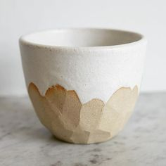 Chop chop chop: the most perfect little mountain beaker. Sliced to perfection by (Harriet Levy-Cooper). Harriet studied Ceramic Design at Central Saint Martins and now creates functional, playful ceramics from her Hackney studio. Ceramic Bowls, Ceramic Pottery, Pottery Art, Ceramics Pottery Mugs, Slab Ceramics, Ceramic Tableware, Slab Pottery, Pottery Wheel, Thrown Pottery
