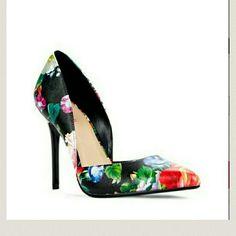 Justfab floral pumps Just fab floral pumps,  sz 8.5, nwot/never worn JustFab Shoes Heels