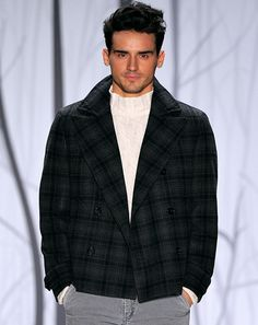 "Perry Ellis ""The plaid peacoat"""