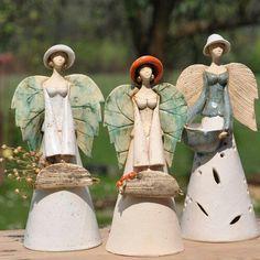 Gardens, Crafts and Salt dough Paper Mache Sculpture, Sculptures Céramiques, Pottery Sculpture, Raku Pottery, Pottery Art, Clay Projects, Clay Crafts, Clay Angel, Pottery Angels