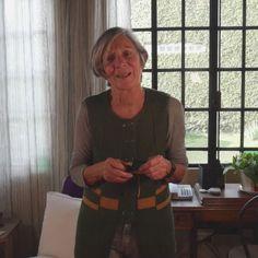 Knitting, Diy, Fields, Gifs, Fabric Samples, Weaving Techniques, Knits, Knitting Needles, Knitting Machine