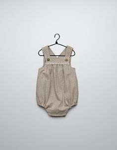 Why don't they sell such cute baby clothes in the USA? Everything for girls seems to be so frilly and pink. I just need to figure out how to order stuff from european websites. www.zara.com