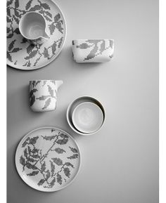 Stitches is a beautiful new dish ware collection designed by Gry Fager for Danish brand Menu. // THE STYLE FILES Stitches is a beautiful new dish ware collection designed by Gry Fager for Danish brand Menu. // THE STYLE FILES Nordic Design, Scandinavian Design, White Dinner Plates, Ceramic Tableware, Kitchenware, Burke Decor, Milk Jug, Leaf Design, Decorative Accessories