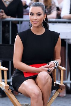 Stitch Wallpaper Iphone X Kim Kardashian Upskirt Pics A Little Careless Kim