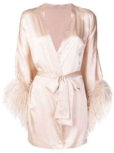 Check out Gilda & Pearl with over 2 items in stock. Shop Gilda & Pearl Mia wrap robe today with fast Australia delivery and free returns. Jolie Lingerie, Luxury Lingerie, Women Lingerie, Designer Lingerie, Robes Glamour, Pink Silk, Blush Pink, Fashion Outfits, Womens Fashion
