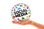 Social Media by Fernando Amaro Caamaño, via Flickr -> Social media es un instrumento social de comunicación, donde la información y, en general, el contenido es creado y compartido por los propios usuarios.