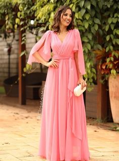 Rosa, rose e rosa seco: vestidos longos para Gala Dresses, Formal Dresses, Oriental Fashion, Sweet Dress, Classy Outfits, Hijab Fashion, Dress To Impress, Beautiful Dresses, Party Dress