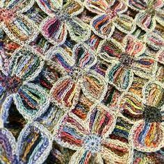 Восхитительные шарфы и шарфики из остатков пряжи,крючком