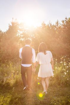 Beautiful engagement session by Samantha Ong Photography in Port Hope, Ontario.