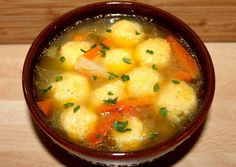 Cheese Dumpling Chicken Soup: A Step-by-Step Recipe- Cheese dumplings give this dish a special taste and aroma. Sometimes green peas are added to such a soup to make it more nutritious and nutritious. Soup Recipes, Chicken Recipes, Cooking Recipes, Healthy Recipes, Chicken Soup, Vegetarian Recepies, Hungarian Recipes, Soups And Stews, Indian Food Recipes