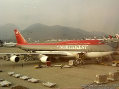NWA being loaded - SkyscraperPage Forum Pacific Airlines, Northwest Airlines, Cargo Airlines, Airbus A380, Boeing 747, Republic Airlines, Good Ol Times, Commercial Aircraft, Air Travel