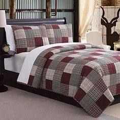 Red Grey Plaid Patchwork Pattern Quilt Full Queen Set Classical Square Block Tartan Gingham Madras Checkered Design Soft Cozy Comfy Bedding Cotton Polyester