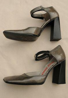 MIU MIU Vintage 1990 Grey Sparkle Patent Leather Mary Jane Shoes 37 UK - lovethebaroness vintage