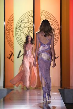 Versace: Show - Paris Fashion Week Haute Couture F/W 2013