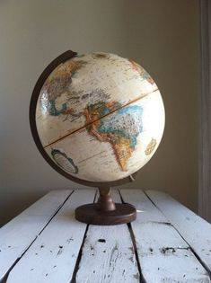 RESERVED Vintage world globe Replogle world globe made in the USA mid century modern world globe Globe Art, Map Globe, Modern World Globes, Feng Shui, World Images, We Are The World, Vintage Travel, Decoration, Mid-century Modern