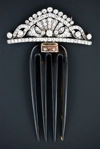 Victorian Diamond Hair Comb and Brooch Combination. Circa Victorian Diamond Hair Comb and Broo Victorian Jewelry, Antique Jewelry, Vintage Jewelry, Vintage Accessories, Hair Accessories, Diamond Hair, Victorian Hairstyles, Vintage Hair Combs, Hair Jewels