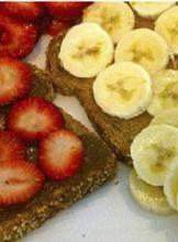Strawberry, banana and graham cracker.