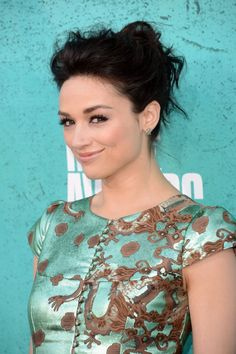 Crystal Reed at event of 2012 MTV Movie Awards via imdb.com.  Ms Reed is wearing Le Vian Chocolate Diamonds Star earrings (YPLZ 1)
