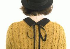 A porter comme un bijoux sur tous ses pulls préférés ce col Claudine est super facile à faire.Que cette journée vous soit douce et créative.