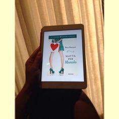 """Pronta per la lettura! #ilclubdeitacchiaspillo #mattapermanolo"""" Foto di Nadja Araba"""