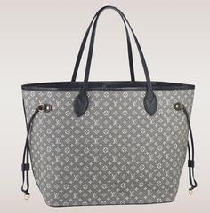 The Ultimate Bag Guide: The Louis Vuitton Neverfull Tote