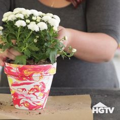 Ideas Diy Garden Art Creative Flower Pots For 2019 Clay Pot Projects, Clay Pot Crafts, Diy Projects, House Projects, Wood Crafts, Paper Crafts, Painted Plant Pots, Painted Flower Pots, Decorated Flower Pots