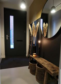 Foyer decorating – Home Decor Decorating Ideas Small Apartment Decorating, Foyer Decorating, Decorating Ideas, Narrow Hallway Decorating, Room Interior, Interior Design Living Room, Living Room Designs, Flur Design, Hall Design