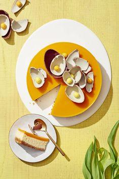 Pehmeä rahkajuustokakku   Leivonta, Juhli ja nauti, Makea leivonta   Soppa365 Gnocchi, Panna Cotta, Goodies, Baking, Ethnic Recipes, Food, Sweet Like Candy, Dulce De Leche, Gummi Candy