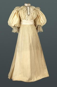 Helen taft 39 s inaugural gown the rainbow collection for Vintage wedding dresses austin