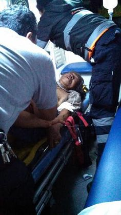 Rescatan a mujer de incendio en Texmelucan; bombero se intoxica