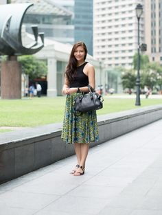 SHENTONISTA: Packing A Punch. Sunisa, Service Industry, Top from Factorie, Skirt from Stradivarius, Shoes from Charles & Keith, Bag from Kate Spade. #shentonista #theuniformsg #singapore #fashion #streetstyle #style #ootd #sgootd #ootdsg #wiwt #popular #people #female #womenswear #sgstyle #cbd #RafflesPlace #Bohemian #Paisley #Skirt #KateSpade #CharlesandKeith