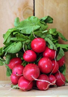 5 Foods that Make Your Skin Glow: Radishes contain a number of minerals and compounds that benefit the skin. They are high in sulfur, silicon, and Vitamin C, which work together to create glowing skin by boosting collagen, strengthening skin, and stimulating the circulatory system