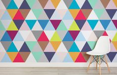 multicoloured-triangles-room